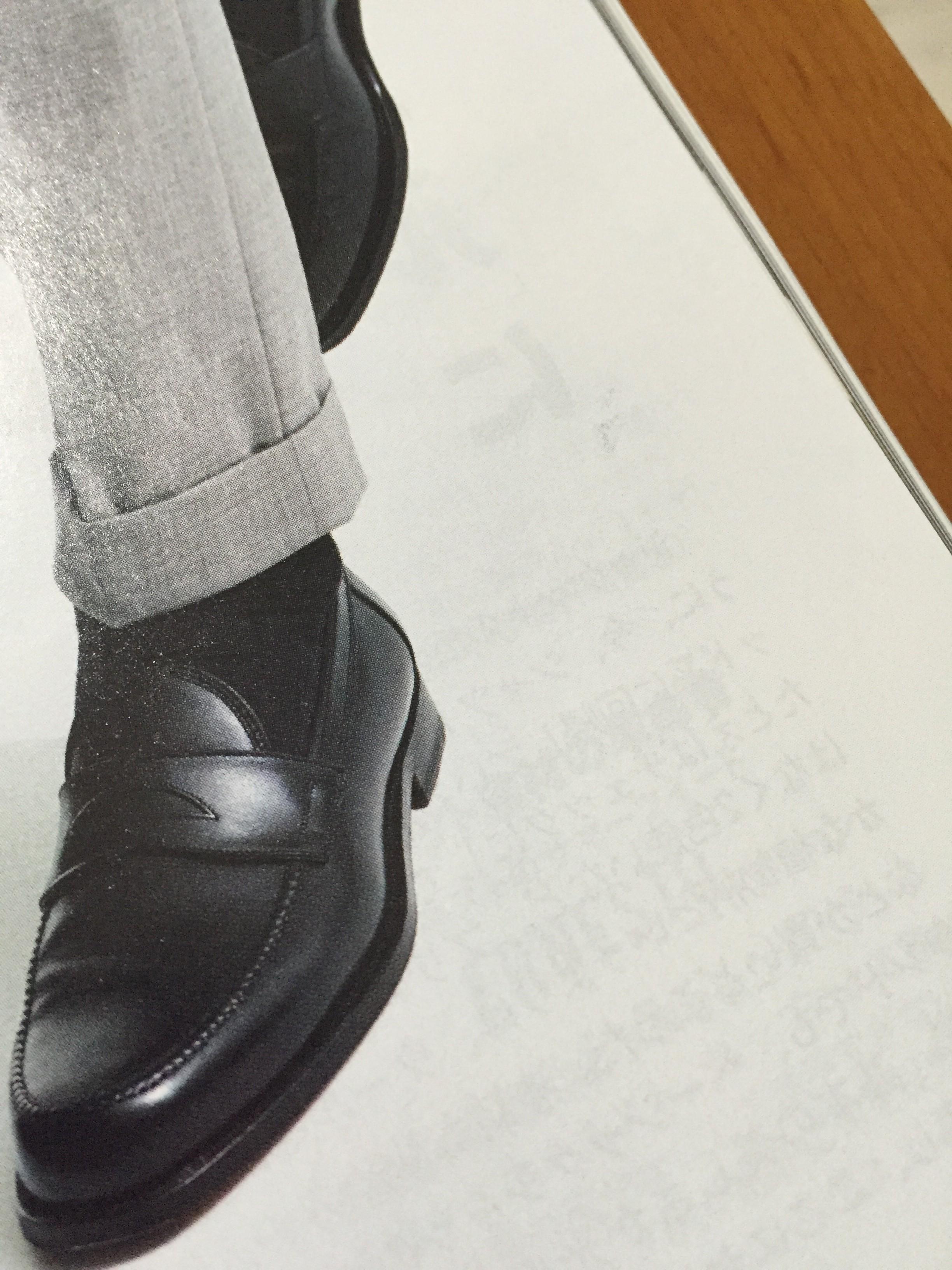 シューズの基本は紐靴がオススメです
