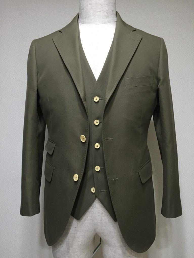 今の季節だからこそコットン生地でジャケット
