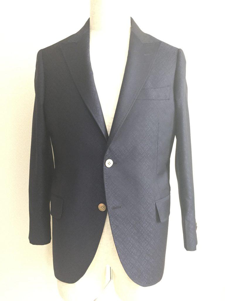 コートを選ぶときの素材と柄はどうしようかな?