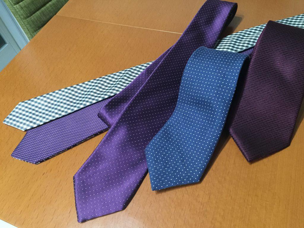お買い物のコツ ネクタイはスーツとシャツとセットで購入するほうがいいですよ!