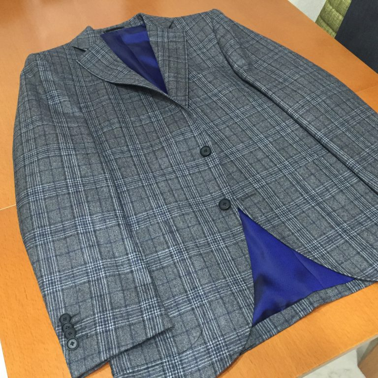 世の中にあるジャケットには2種類あるというのをご存知でした?
