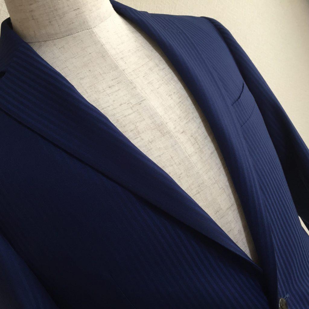 ビジネススーツは何着必要なんでしょうか?