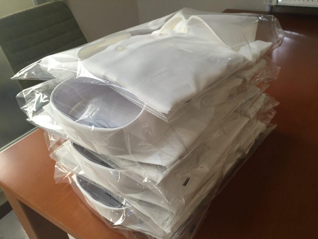 シャツの基本はあくまでも白ですよ!