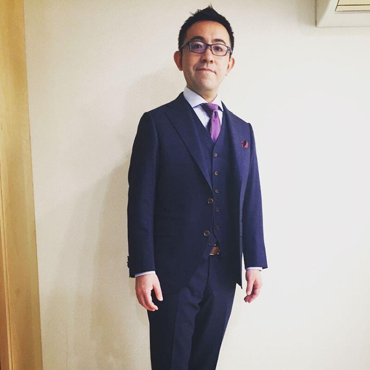 派手なスーツにすることをオーダースーツの目的にしないほうがいいというのがボクの考えです
