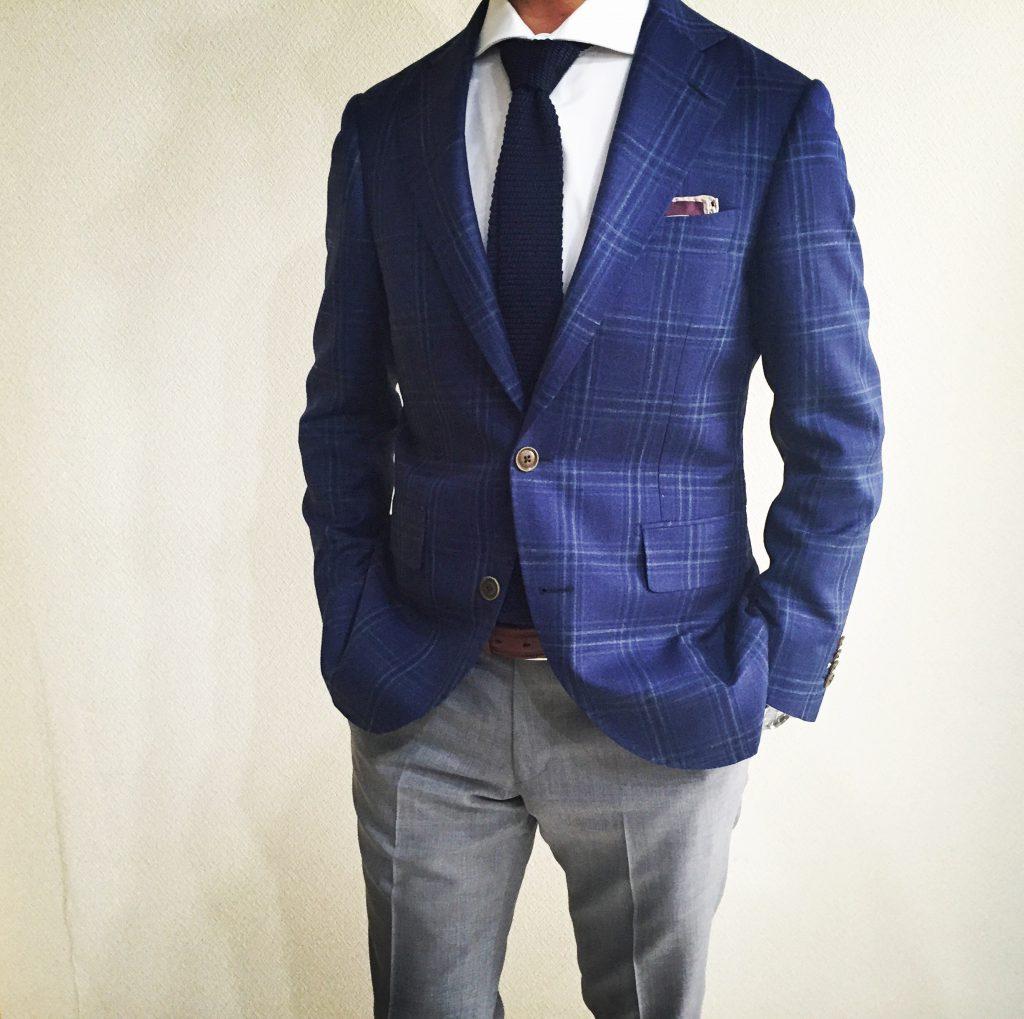 周りから評価されるスーツのジャストサイズを見極める方法とは?