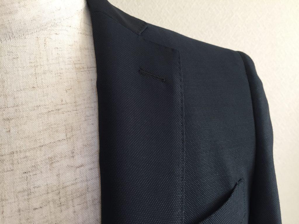 スーツのAMFステッチって何のこと?