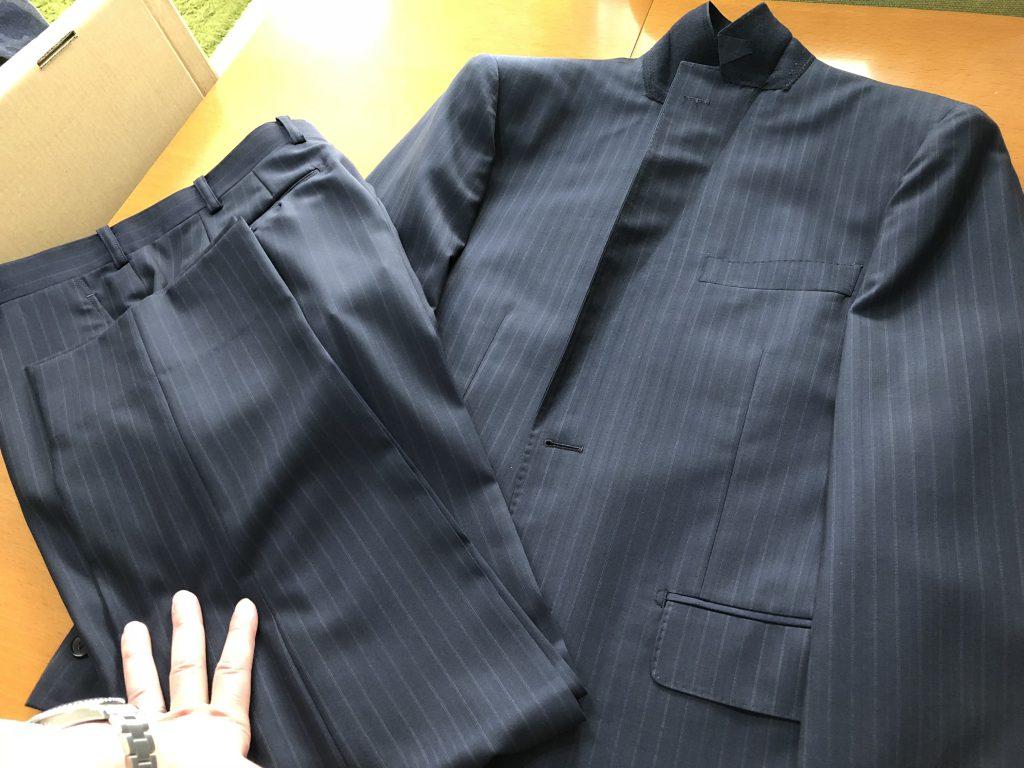 スーツのたたみ方は覚えていますか?
