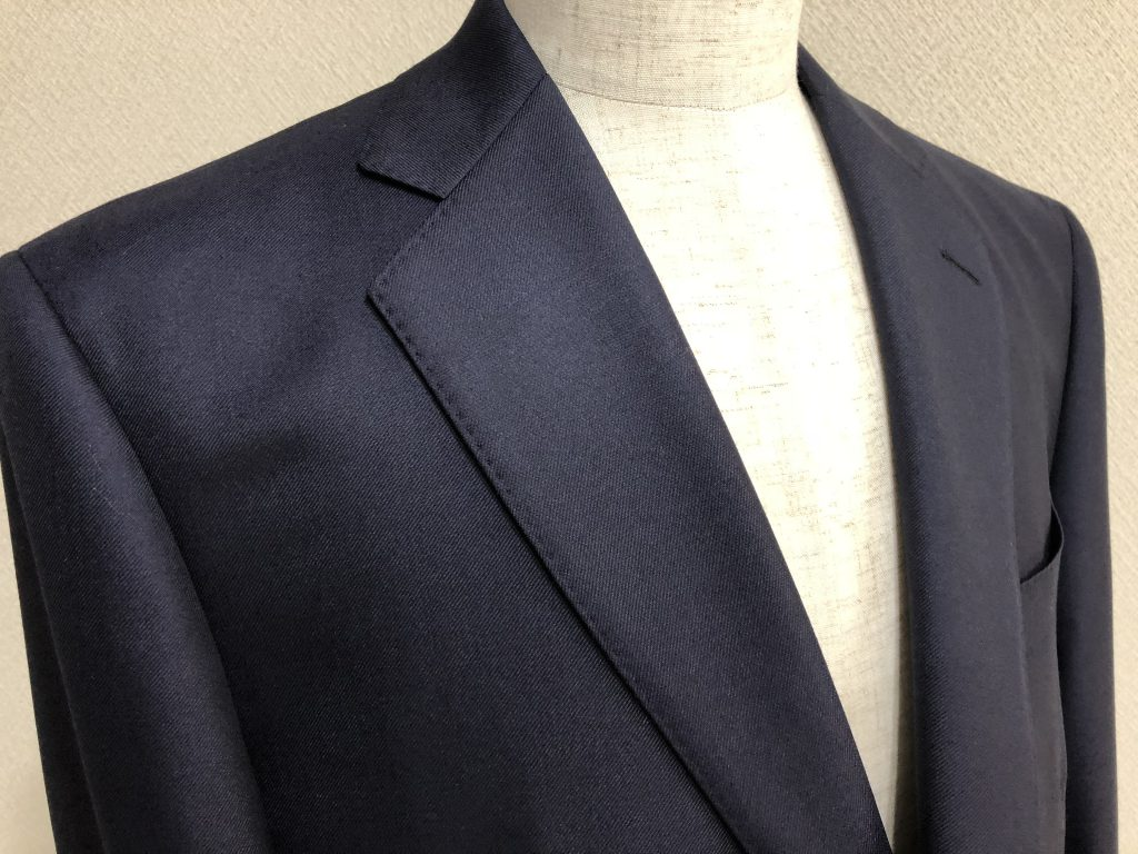 今年の流行のスーツは何でしょうか? よく聞かれる質問への回答