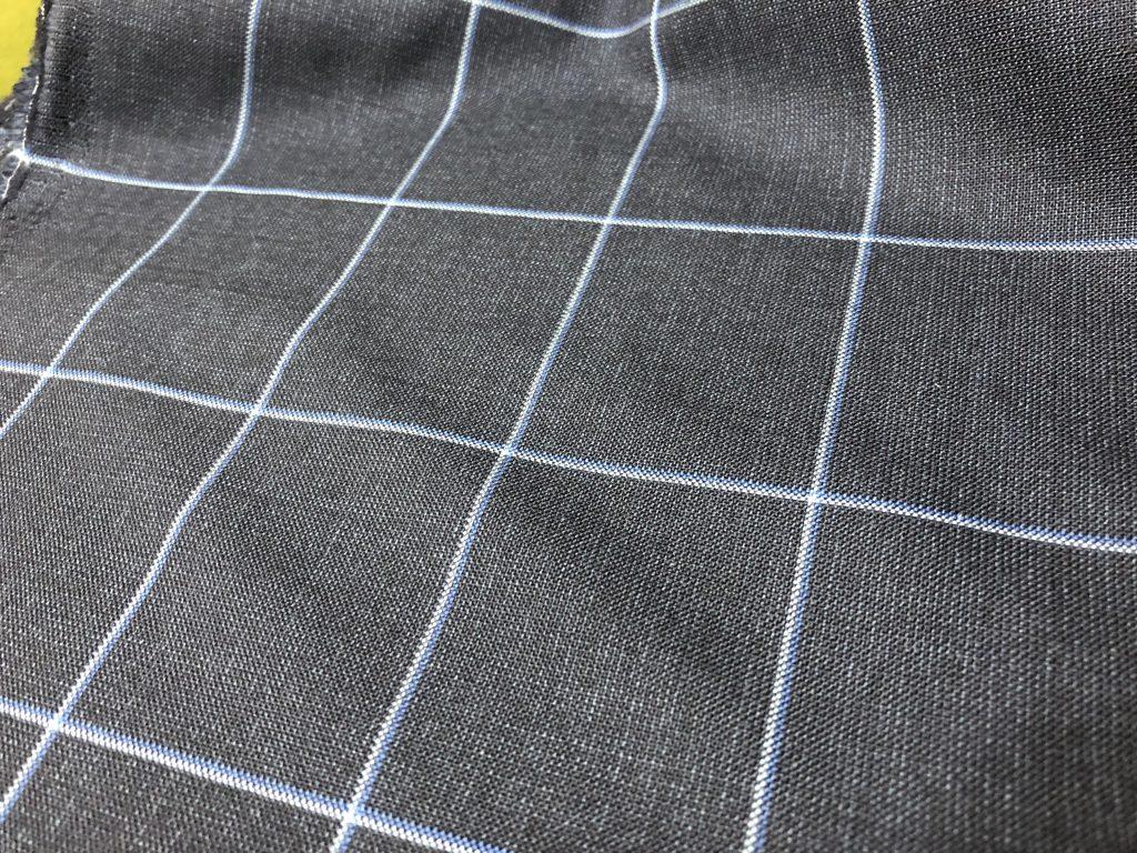 3月の新たな門出には春向け素材で仕立てるスーツがおススメです