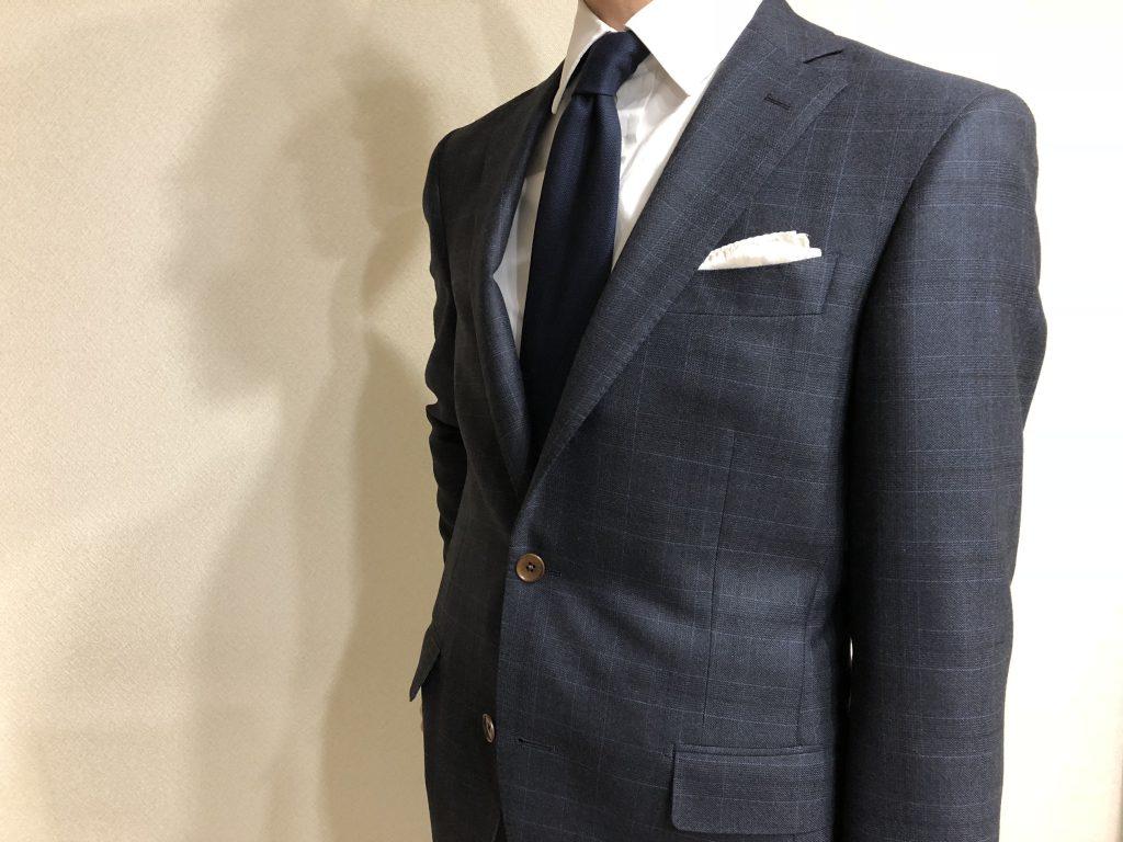 スーツという服装の価値観そのものが失われつつあり、もはやその存在すら不要という時代になぜスーツを着用するのか?