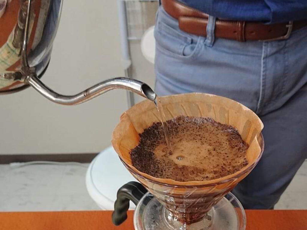 コーヒー豆の価格暴落に思うのは、生産者たちの暮らしを支える価値との交換を考えるということではないか