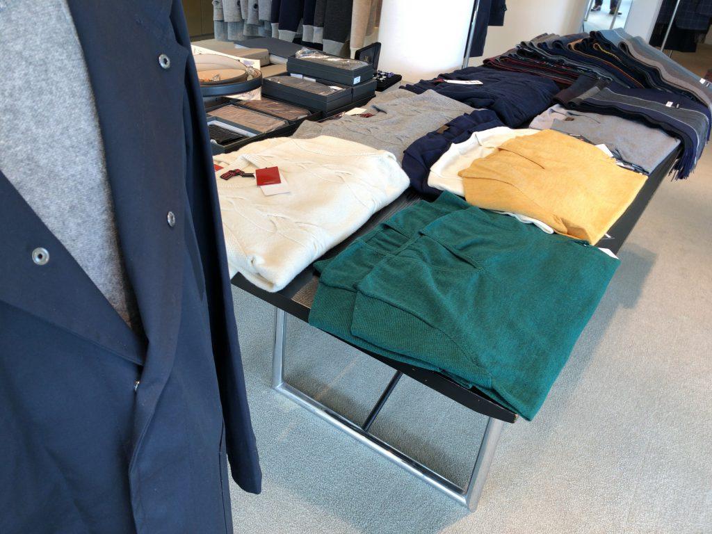 紳士服業界の不況が大々的に報じられてる件