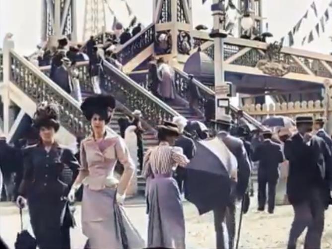 ココ・シャネルによって変化したフランスの女性ファッションをビフォーアフターの動画で見てみよう