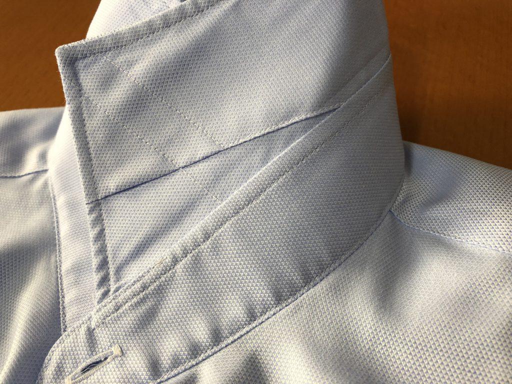 シャツの襟の裏側にあるカラーキーパーをご存知でしょうか?