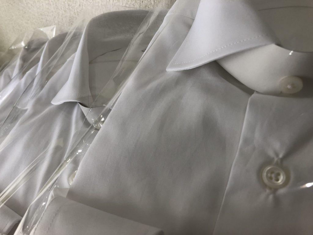 正しいサイズ感のドレスシャツを着用しましょう