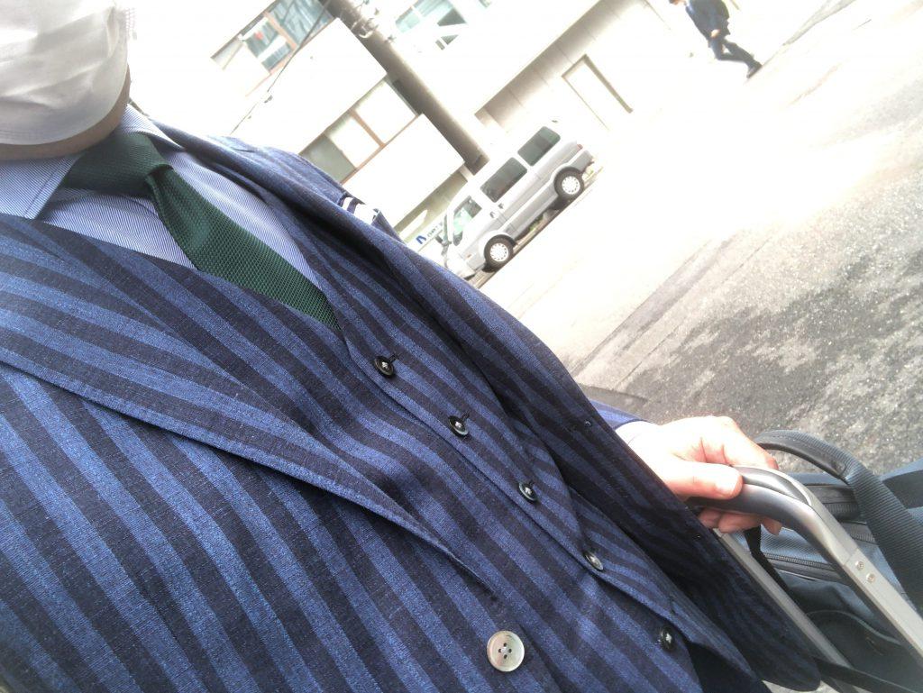 あえてネクタイをするもの効果大です