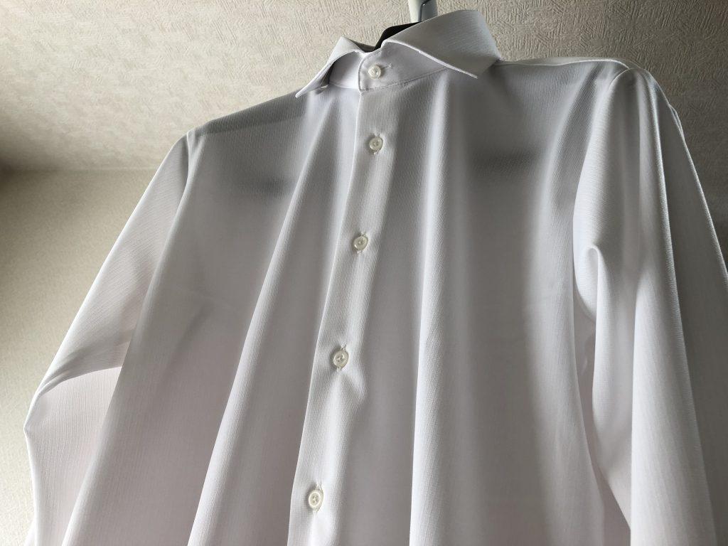 ドレスシャツの胸ポケットはアリかナシか!?